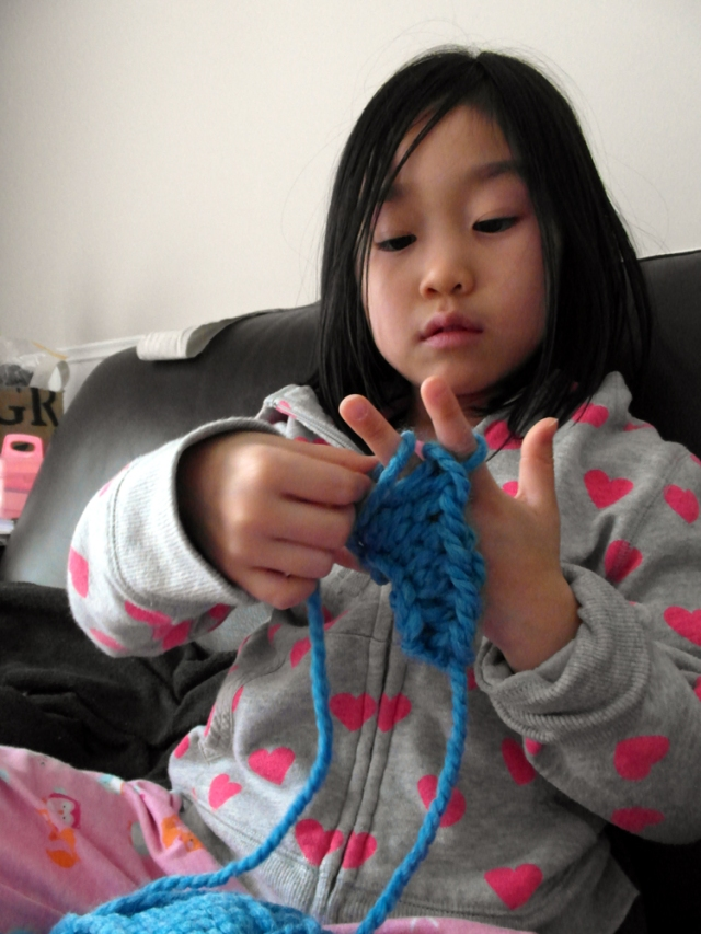 finger_knitting2